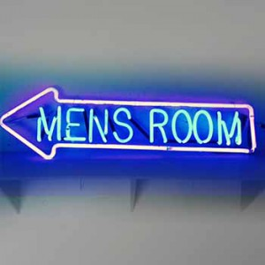 MENS ROOOM with arrow