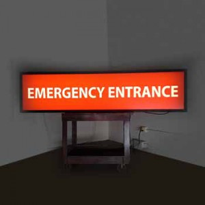 EMERGENCY ENTRANCE Light-box
