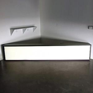 Lightbox Clean Black Frame