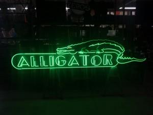 Alligator Club bar